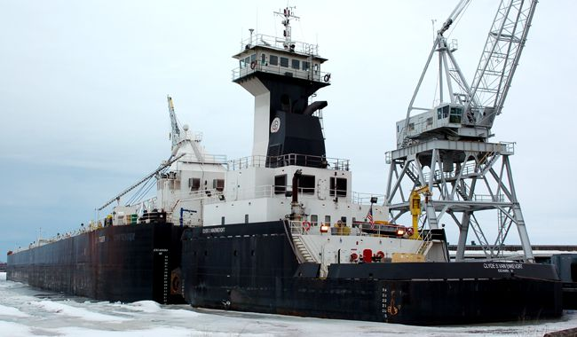 Erie Trader-Clyde S. VanEnkevort Port of Duluth  Lake Superior News