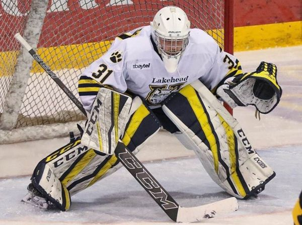 goaltending of Nic Renyard Thunderwolves   Lake Superior News